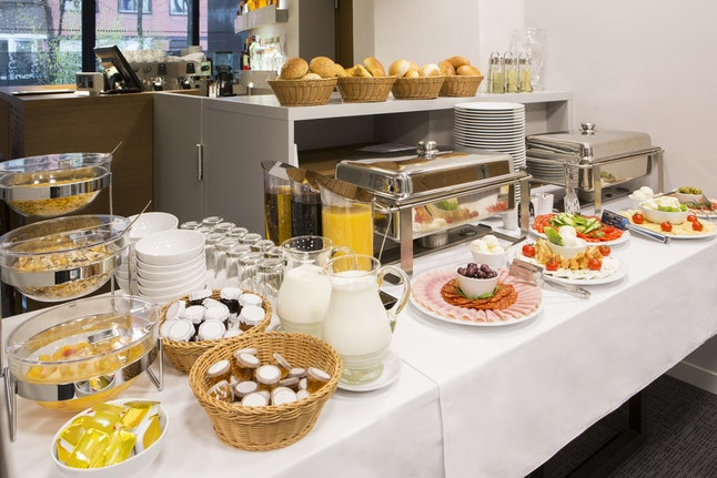 Fill up on your hotel's free breakfast buffet, and you can skip lunch — and save money.