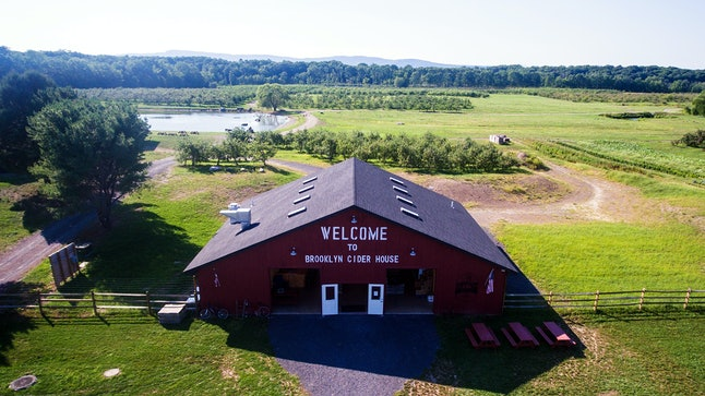 Brooklyn Cider House at Twin Star Orchards