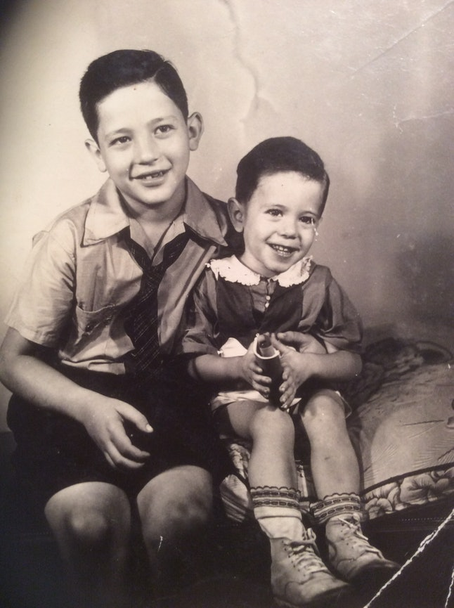 Larry and Bernie as children.
