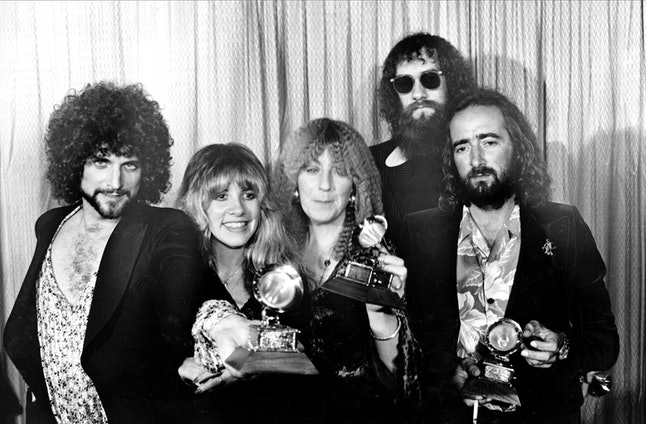 Members of Fleetwood Mac, from left, Lindsey Buckingham, Stevie Nicks, Christine McVie, Mick Fleetwood, wearing sunglasses and John McVie, at the annual Grammy Awards in Los Angeles, Feb. 23, 1978.