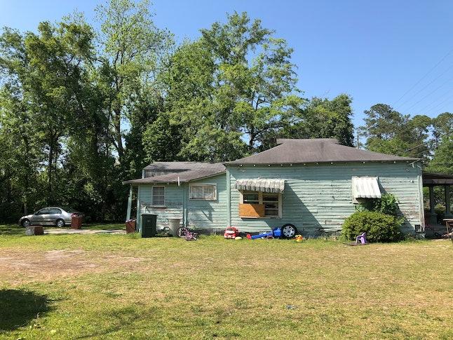 The house in Valdosta, Georgia, where the author's maternal grandfather grew up.