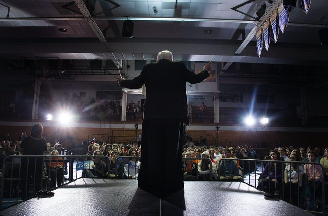 Vermont Sen. Bernie Sanders speaks at the University of Northern Iowa in the lead-up to the Iowa caucus.