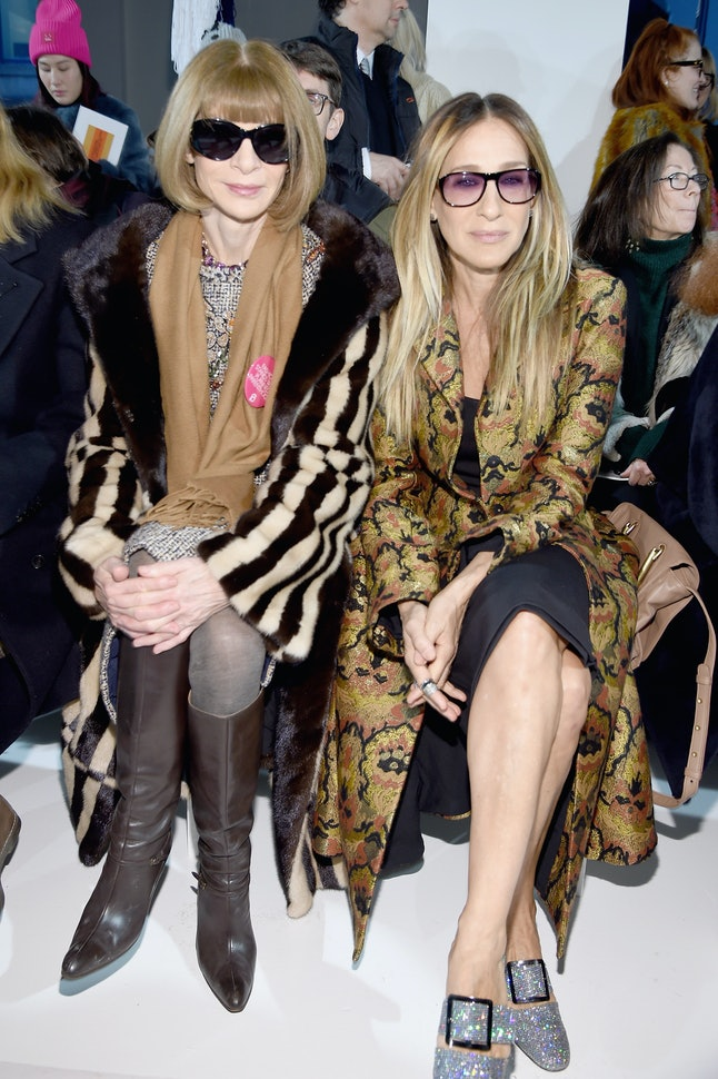 'Vogue' editor-in-chief Anna Wintour, seen with actress Sarah Jessica Parker, wears a Planned Parenthood pin at New York Fashion Week in February.