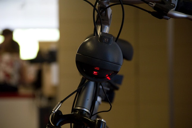 The Bikesphere is a spherical device that sits between the handlebars of a cycle.