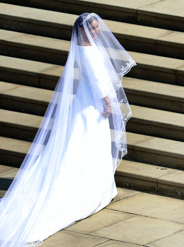Meghan Markle arrives at St. George's Chapel in Windsor Castle.