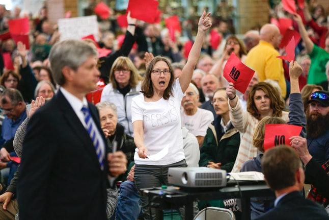 Rep. Jeff Fortenberry (R-Neb.) holds a town hall meeting.