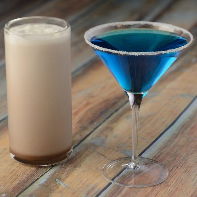 The egg cream and Blue Cosmo cocktail at L'Chaim! Holiday Kitchen