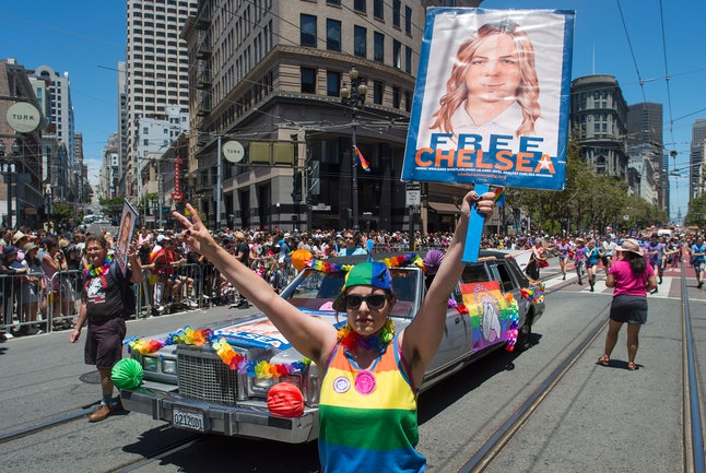 """""""Free Chelsea"""" sign at San Francisco pride parade"""