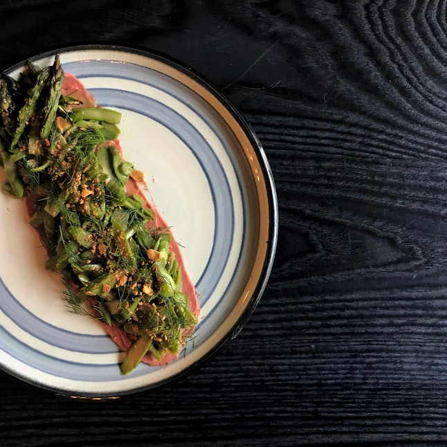 Grilled asparagus with fennel, cured John Dory roe, and beet onion soubise from North