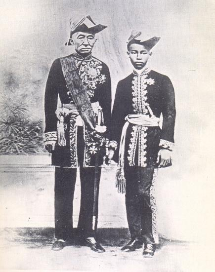 King Mongkut and his heir, Chulalongkorn, about two years before the eclipse.