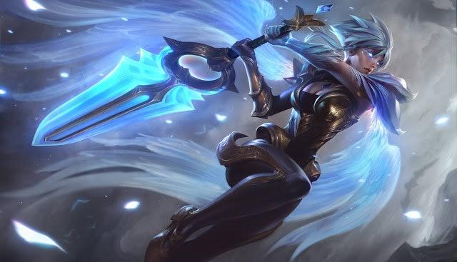 Dawnbringer Riven skin from 'League of Legends'