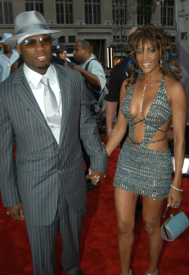 Rapper 50 Cent and actress Vivica A. Fox dated in 2003.