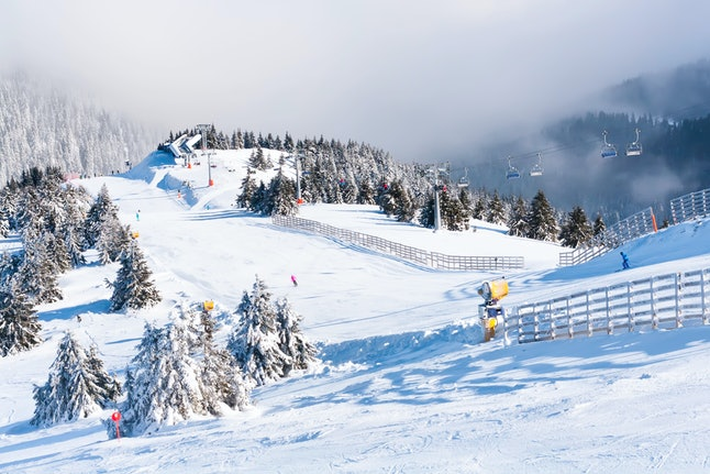 Vacations that encourage physical activities like skiing might make you happier.