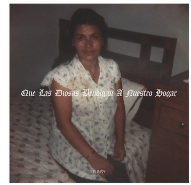 """The cover of Runsy's """"Que Las Diosas Bendigan a Nuestro Hogar"""" digital booklet."""