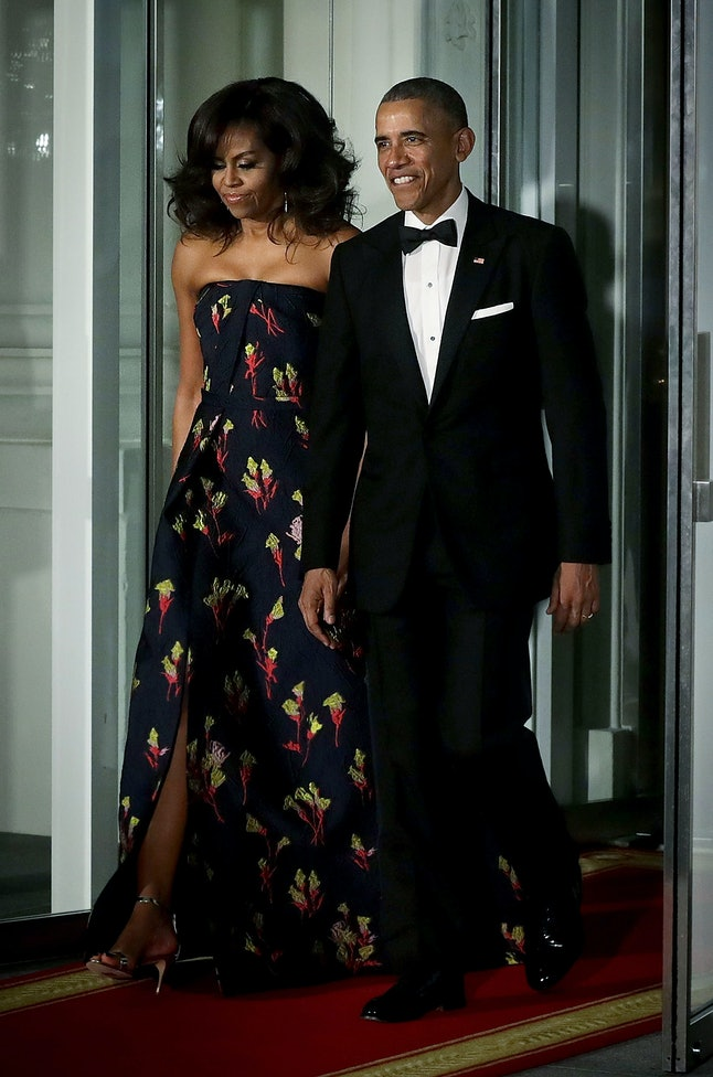 Barack Obama and Michelle Obama outside the White House in March 2016 to welcome Canadian Prime Minister Justin Trudeau for a state dinner