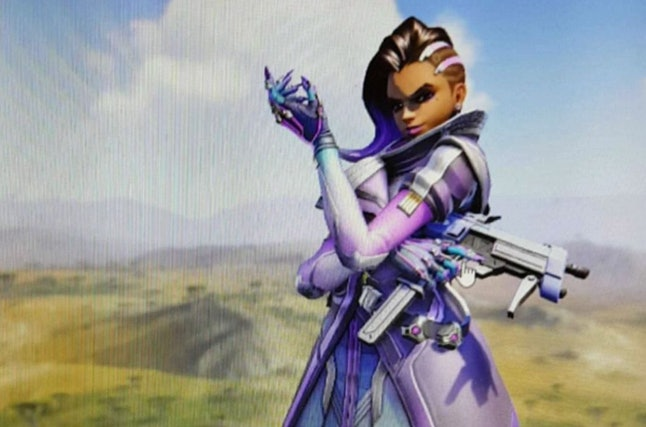 In early October, someone posted what they claim is a leaked image of Sombra online.