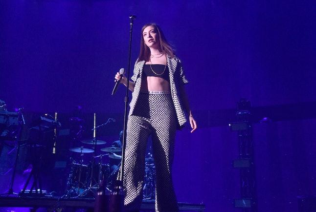 Lorde at the KROQ Weenie Roast y Fiesta 2017 in California.