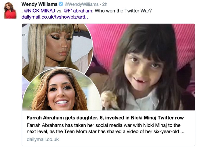 Wendy Williams retweeted this headline from the 'Daily Mail.'