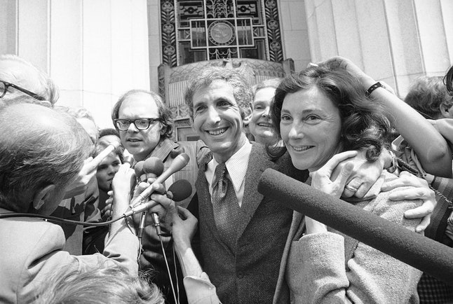 Anthony Russo, left, and Daniel Ellsberg talk to reporters outside the Federal building in Los Angeles on Friday, May 12, 1973 after Judge Matt Byrne dismissed all espionage, theft and conspiracy charges against them in the Pentagon Papers trial.