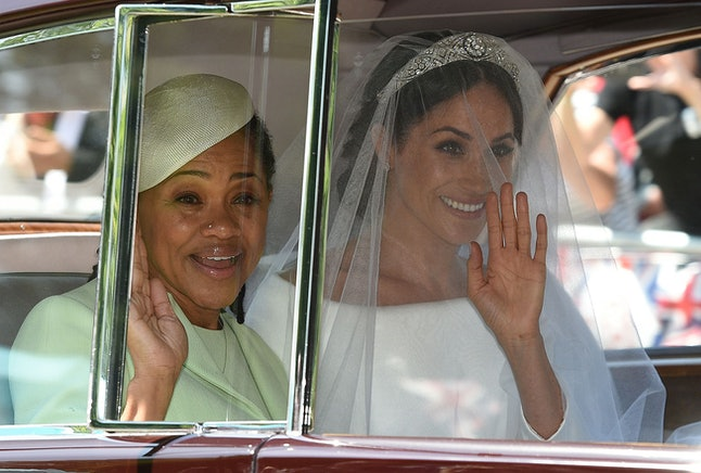 Meghan Markle and her mother, Doria Ragland, arrive at St George's Chapel.