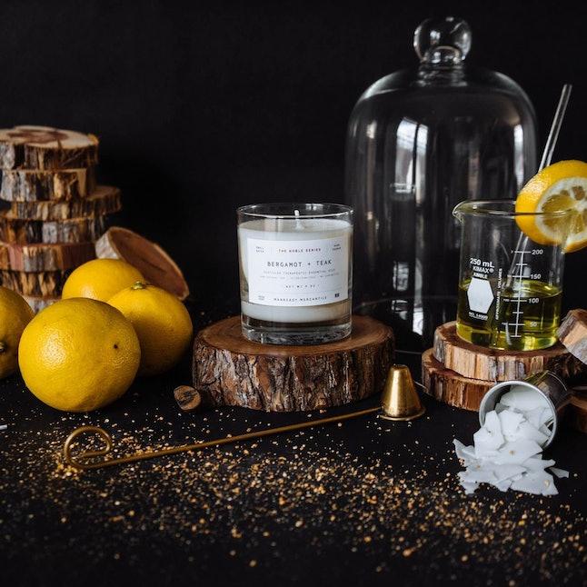 Bergamot and teak candle
