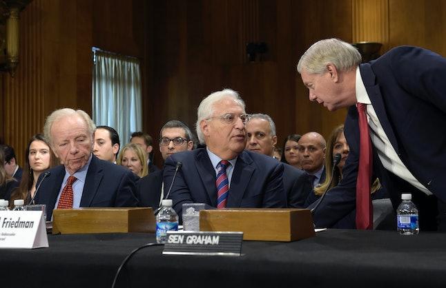 David Friedman, center, is supported by former Sen. Joe Liberman and Sen. Lindsey Graham.