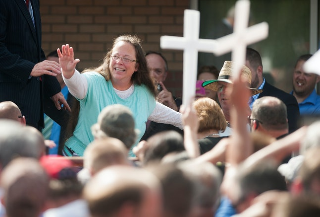 Kim Davis with supporters after being jailed in 2015