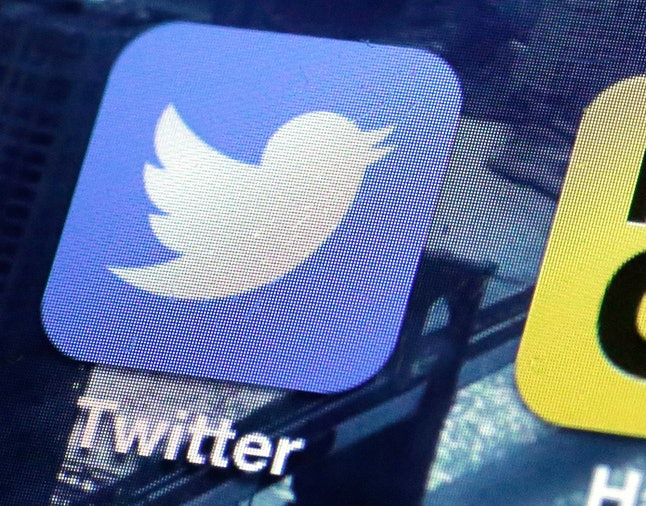 Twitter says it has suspended hundreds of thousands of accounts for promoting terrorist propaganda.
