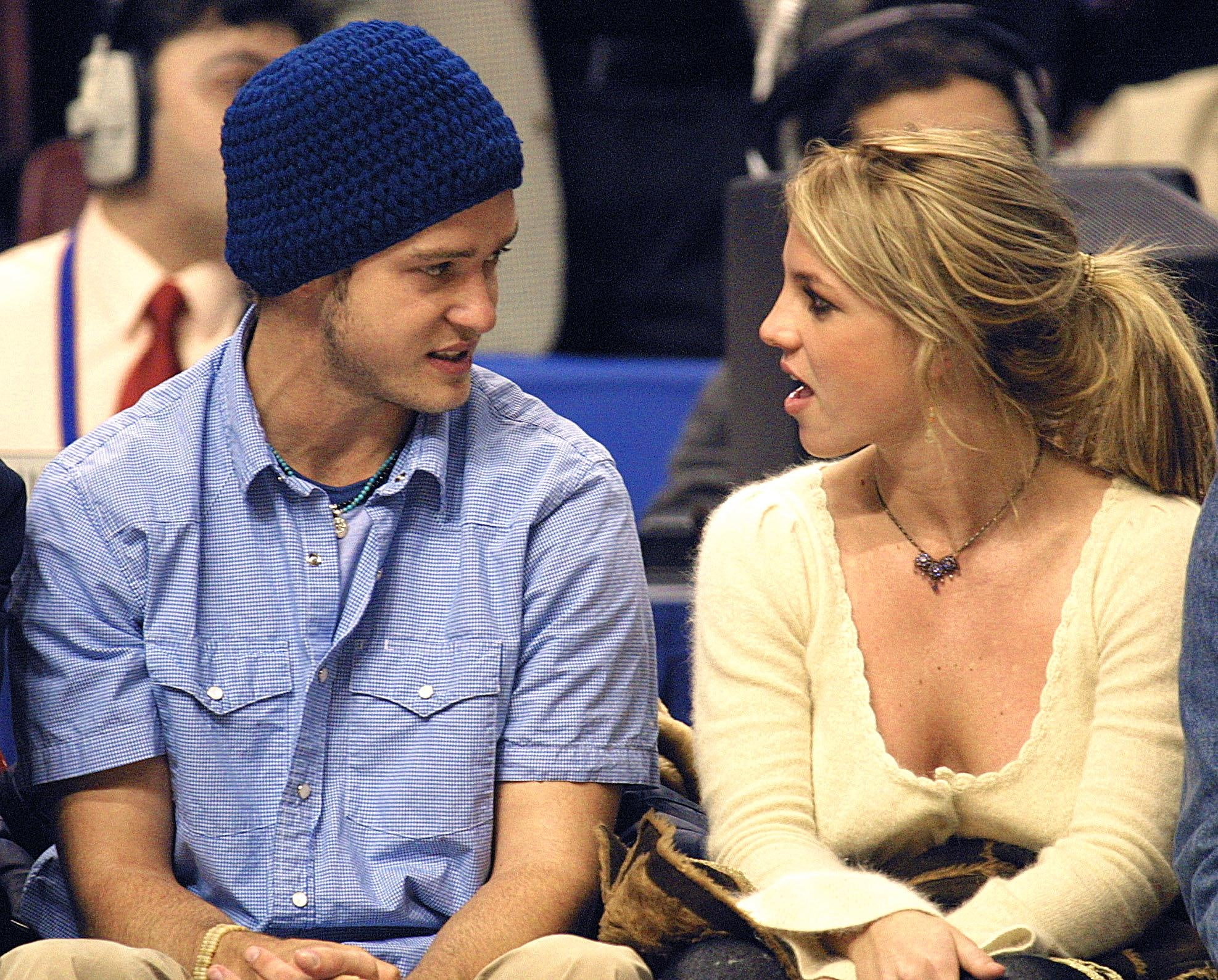 Who Was Britney Spears Married To A Breakdown Of All Her Major Boyfriends Husbands And Fiances
