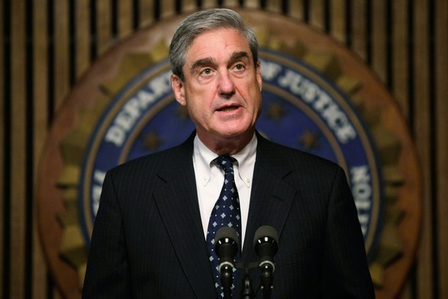 Robert Mueller speaks during a press conference at FBI headquarters in 2008.