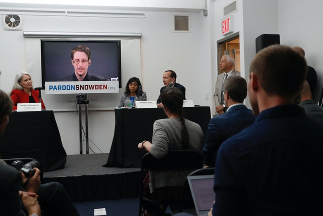 The report comes at a time when there is a growing movement to pardon Snowden.