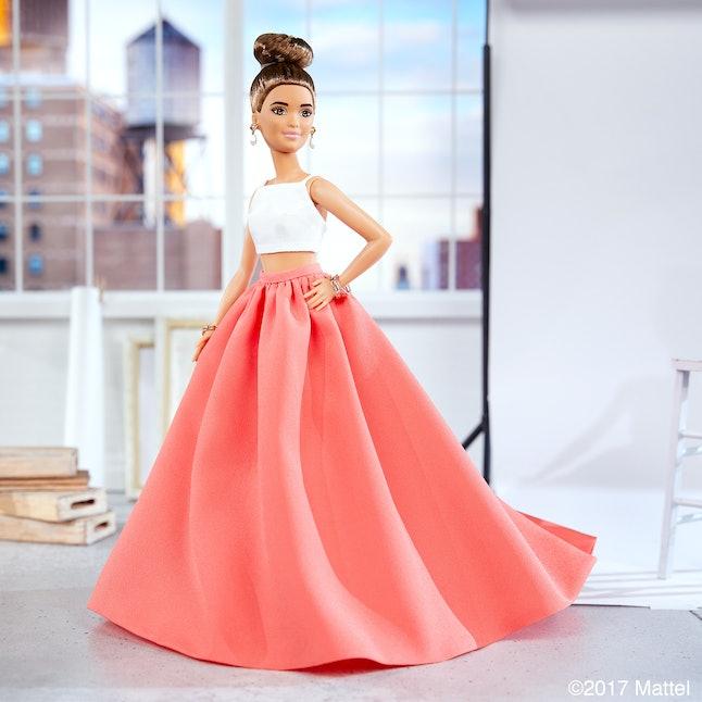 Sarah Hyland, in doll form
