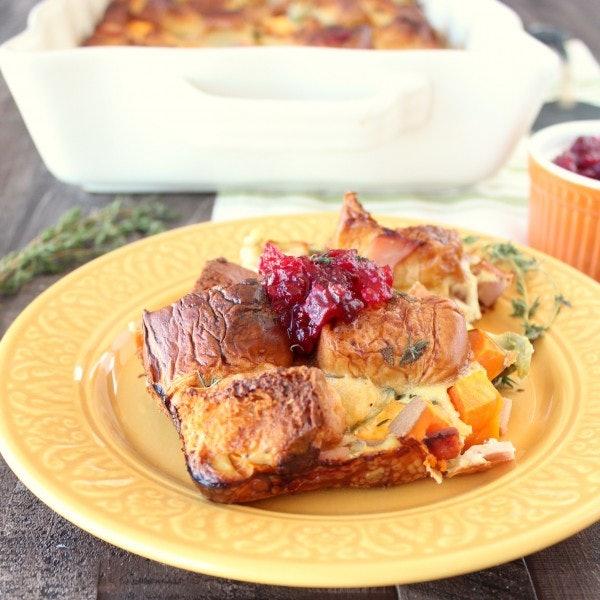 Thanksgiving leftover breakfast casserole