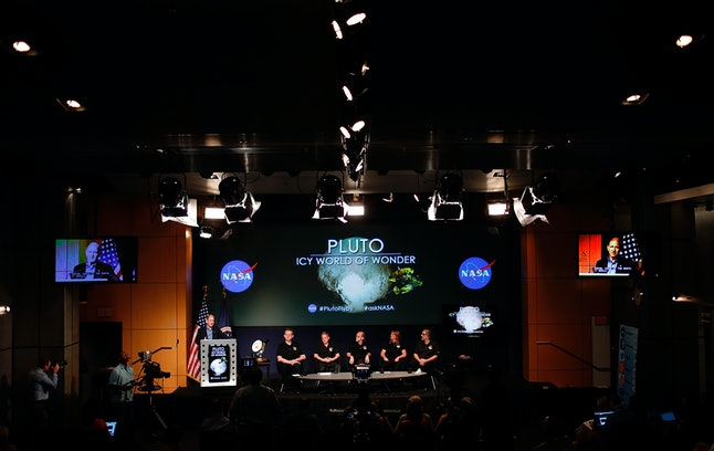 NASA holds an update on the New Horizons mission to Pluto.