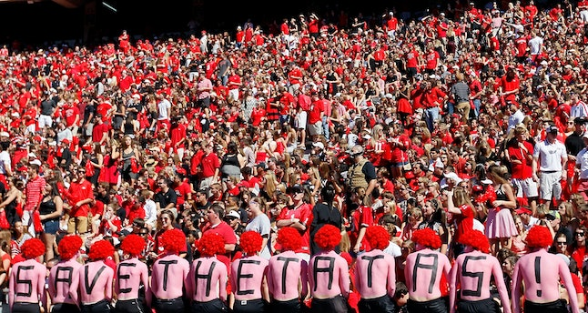 """Georgia Bulldogs fans campaign to """"Save the tatas"""" in 2013"""