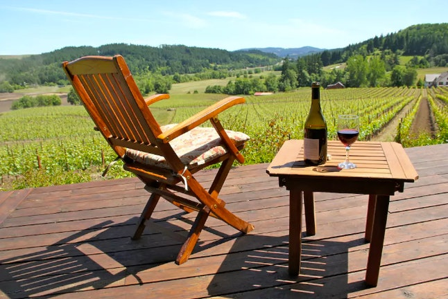 Beacon cabin is located on a working winery less than an hour away from the city of Portland
