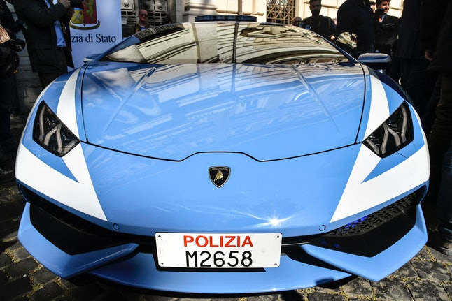 The front of the new Huracán Polizia