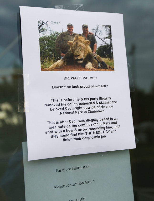 One of many angry notes left on the Michigan dental practice of Cecil's shooter, Walt Palmer