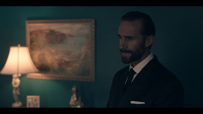 Joseph Fiennes is the commander Offred serves under, and looks like a turd