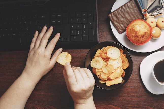 Sleep deprivation may make you eat more unhealthy food during the day.