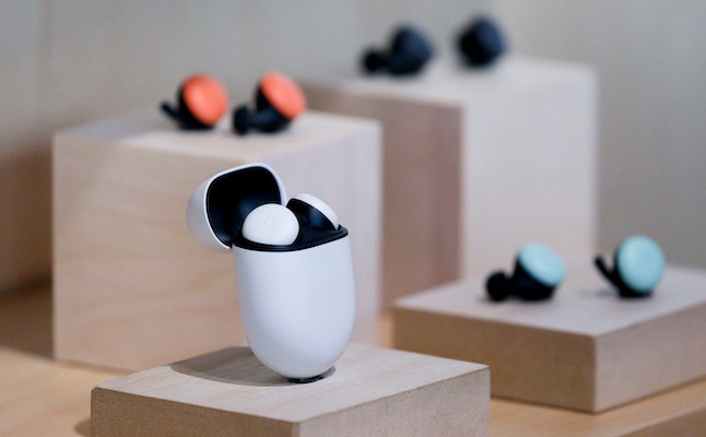 A display of the Google?s new Pixel Buds during a Google product launch event called ?Made by Google ?19? in New York, New York, USA, 15 October 2019. The company introduced a number of new products at the event including a new phone, a new laptop, earbuds, and a new smart speaker.